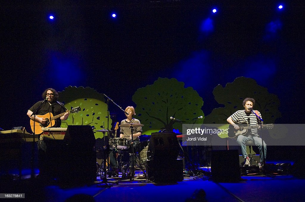 James McNew, Georgia HUbley and Ira Kaplan of Yo La Tengo perform on stage during Festival del Mil.lenni at L'Auditori on March 6, 2013 in Barcelona, Spain.