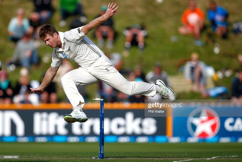 James Neesham of New Zealand attempts a runout during day one of the Second Test match between New Zealand and Sri Lanka at Basin Reserve on January 3, 2015 in Wellington, New Zealand.