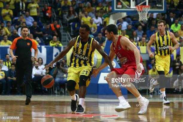 James Nunnally #21 of Fenerbahce Dogus Istanbul and Kostas Papanikolaou #16 of Olympiacos Piraeus in action during the 2017/2018 Turkish Airlines...