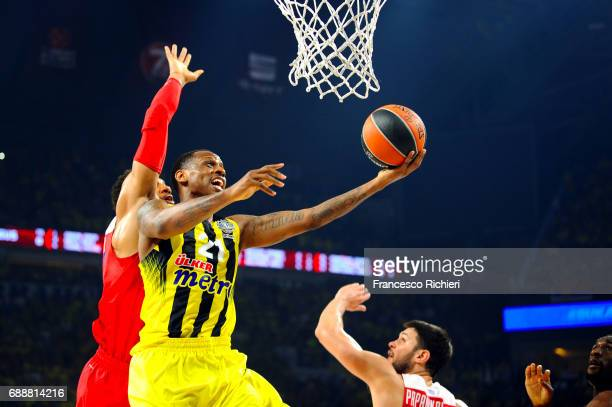 James Nunnally #21 of Fenerbahce Istanbul in action during the Championship Game 2017 Turkish Airlines EuroLeague Final Four between Fenerbahce...