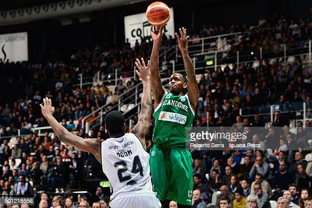 James Nunnally of Sidigas competes with Rod Odom of Obiettivo Lavoro during the LegaBasket match between Virtus Obiettivo Lavoro Bologna and Scandone...