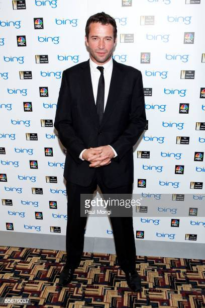 James Purefoy arrives at the premiere of NBC's 'The Philanthropist' hosted by The Creative Coalition at the Landmark Theatre on June 24 2009 in...