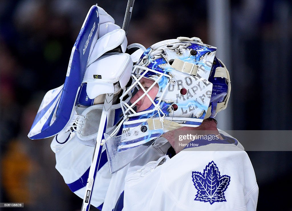 <a gi-track='captionPersonalityLinkClicked' href=/galleries/search?phrase=James+Reimer+-+Hockey+Player&family=editorial&specificpeople=7543302 ng-click='$event.stopPropagation()'>James Reimer</a> #34 of the Toronto Maple Leafs gets ready for play agianst the Los Angeles Kings at Staples Center on January 7, 2016 in Los Angeles, California.
