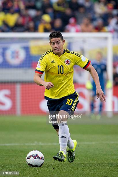 James Rodriguez of Colombia drives the ball during the 2015 Copa America Chile Group C match between Colombia and Peru at Municipal Bicentenario...