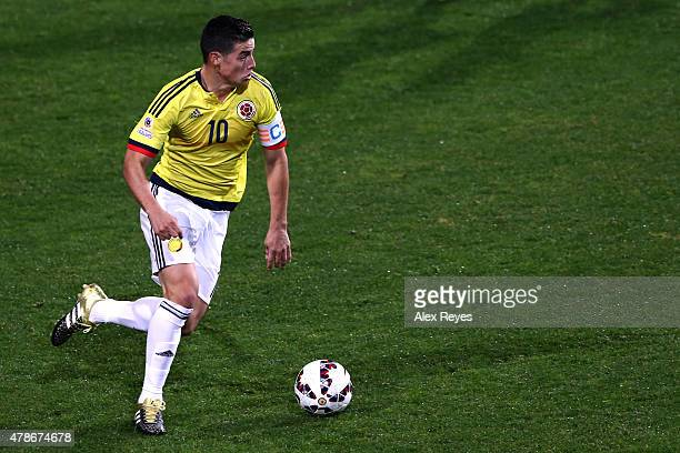 James Rodriguez of Colombia drives the ball during the 2015 Copa America Chile quarter final match between Argentina and Colombia at Sausalito...