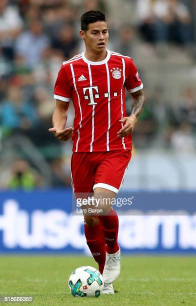James Rodriguez of Muenchen runs with the ball during the Telekom Cup 2017 Final between SV Werder Bremen and FC Bayern Muenchen at Borussia Park on...