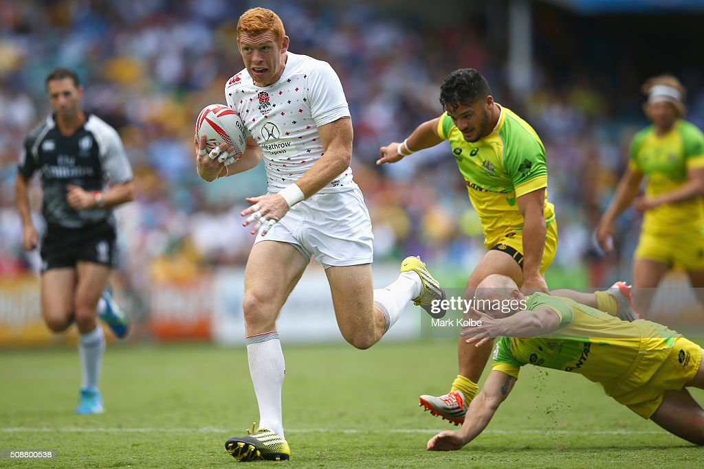 James Rodwell of England breaks away to score a try during the 2016 Sydney Sevens cup quarter final match between Australia and England at Allianz Stadium on February 7, 2016 in Sydney, Australia.