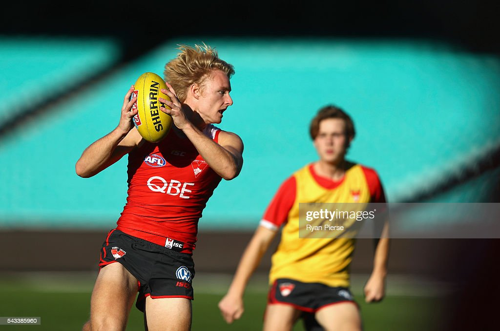James Rose of the Swans trains during a Sydney Swans AFL training session at Sydney Cricket Ground on June 28, 2016 in Sydney, Australia.