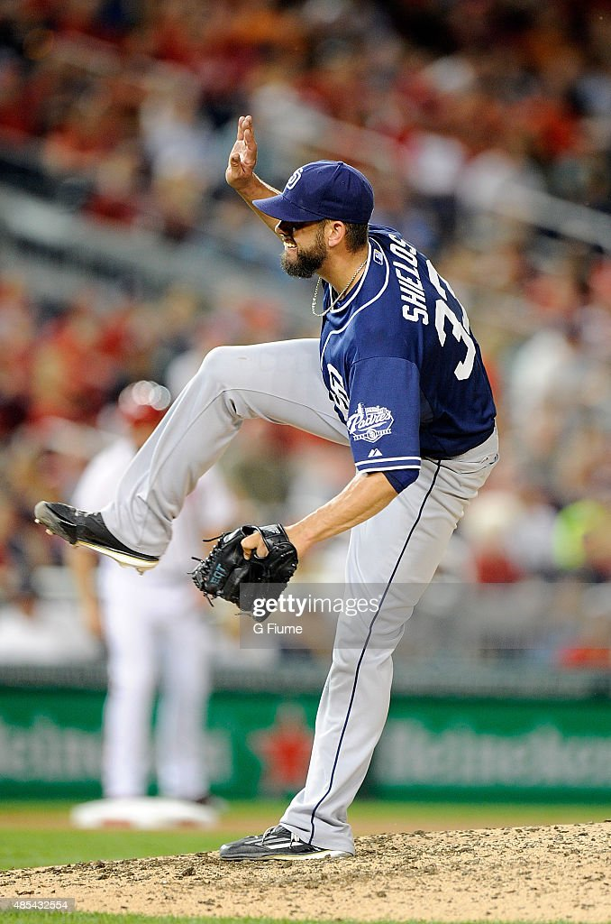 <a gi-track='captionPersonalityLinkClicked' href=/galleries/search?phrase=James+Shields+-+Baseball+Player&family=editorial&specificpeople=8138267 ng-click='$event.stopPropagation()'>James Shields</a> #33 of the San Diego Padres pitches against the Washington Nationals at Nationals Park on August 25, 2015 in Washington, DC.