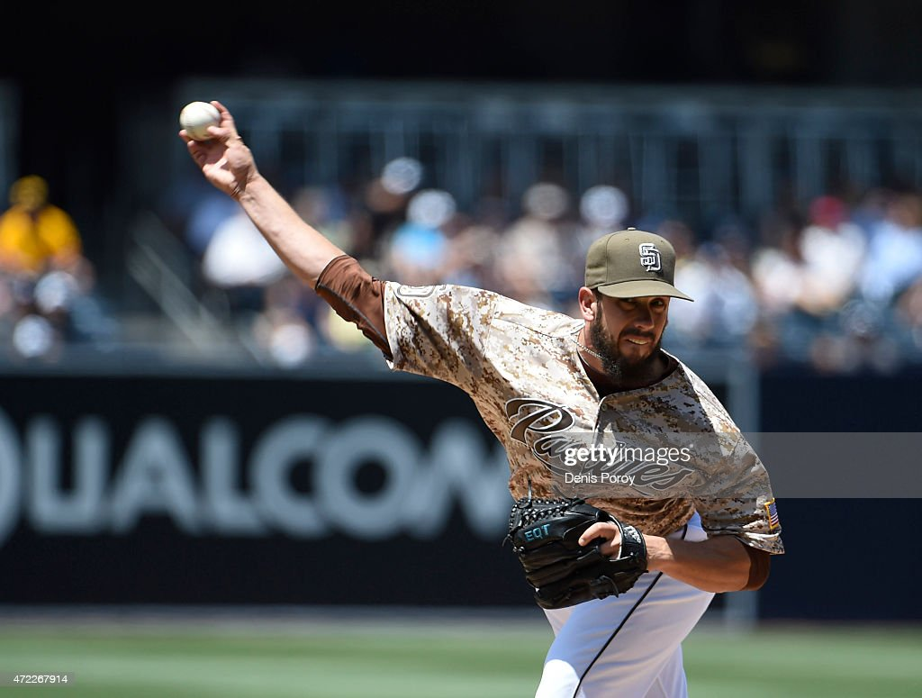 <a gi-track='captionPersonalityLinkClicked' href=/galleries/search?phrase=James+Shields+-+Baseball+Player&family=editorial&specificpeople=8138267 ng-click='$event.stopPropagation()'>James Shields</a> #33 of the San Diego Padres pitches during a baseball game against the Colorado Rockies at Petco Park May 3, 2015 in San Diego, California.