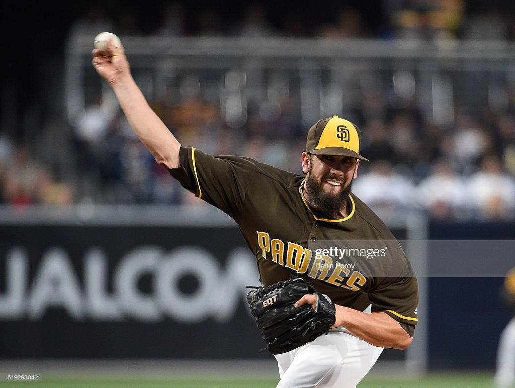 <a gi-track='captionPersonalityLinkClicked' href=/galleries/search?phrase=James+Shields+-+Baseball&family=editorial&specificpeople=8138267 ng-click='$event.stopPropagation()'>James Shields</a> #33 of the San Diego Padres pitches during the first inning of a baseball game against the Los Angeles Dodgers at PETCO Park on April 5, 2016 in San Diego, California.