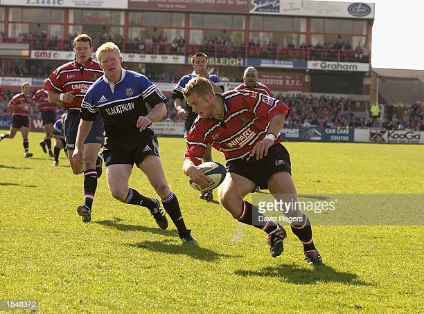 James SimpsonDaniel of Gloucester runs in a try during the Zurich Premiership match between Gloucester and Bath held on May 4 2002 at Kingsholm in...