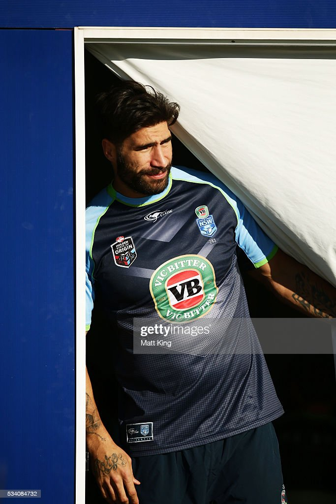 <a gi-track='captionPersonalityLinkClicked' href=/galleries/search?phrase=James+Tamou&family=editorial&specificpeople=5563889 ng-click='$event.stopPropagation()'>James Tamou</a> of the Blues prepares during a New South Wales Blues State of Origin training session on May 25, 2016 in Coffs Harbour, Australia.