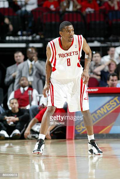James White of the Houston Rockets plays defense against the Minnesota Timberwolves on March 20 2009 at the Toyota Center in Houston Texas NOTE TO...
