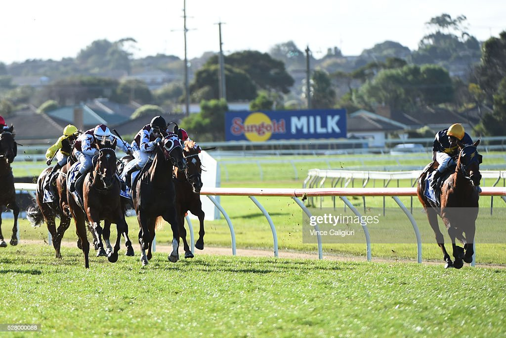 James Winks riding Yesterdays Song hugging the rails and wins Race 8, the Wangoom Handicap during Brierly Day at Warrnambool Race Club on May 4, 2016 in Warrnambool, Australia.