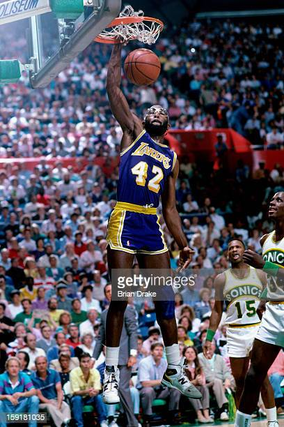 James Worthy Los Angeles Lakers Dunks Seattle Picture Magic Arena Game Awards
