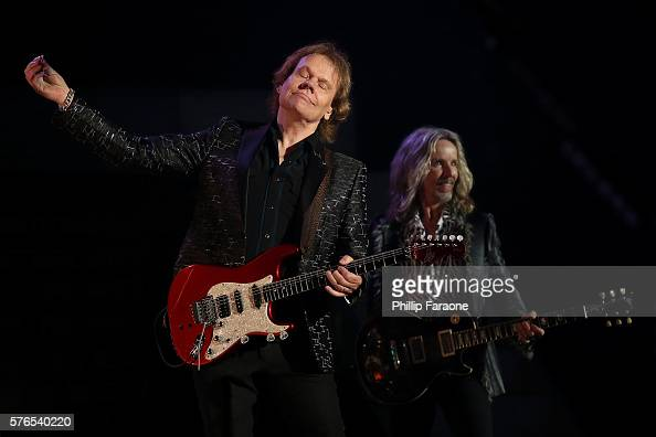 James Young and Tommy Shaw of Styx perform at the Pacific Amphitheatre at Pacific Amphitheatre on July 15 2016 in Costa Mesa California