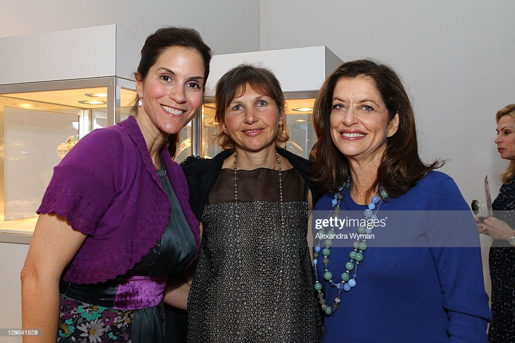 Jami Gertz Debra Black and Alison Ressler at Ladies' Luncheon hosted by Debra Black to Preview The Elizabeth Taylor Collection from CHRISTIE'S held...