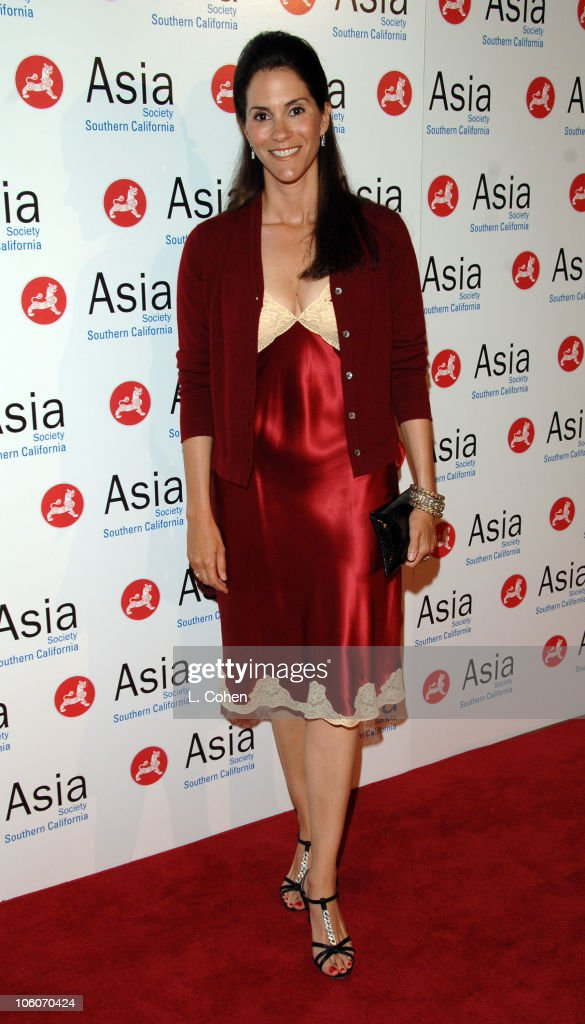 Jami Gertz during Asia Society So California 2006 Annual Gala at Beverly Hilton Hotel in Beverly Hills California United States