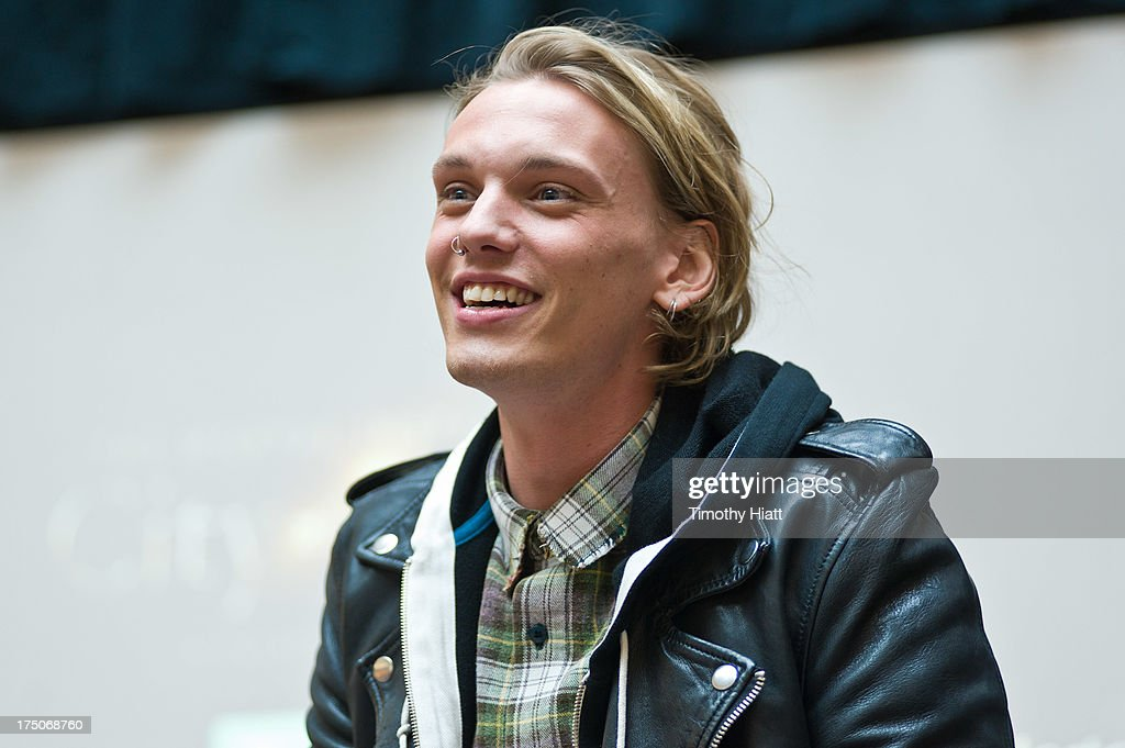 <a gi-track='captionPersonalityLinkClicked' href=/galleries/search?phrase=Jamie+Campbell+Bower&family=editorial&specificpeople=4586724 ng-click='$event.stopPropagation()'>Jamie Campbell Bower</a> attends a Q&A and autograph session for fans in anticipation of Screen Gems' action-fantasy