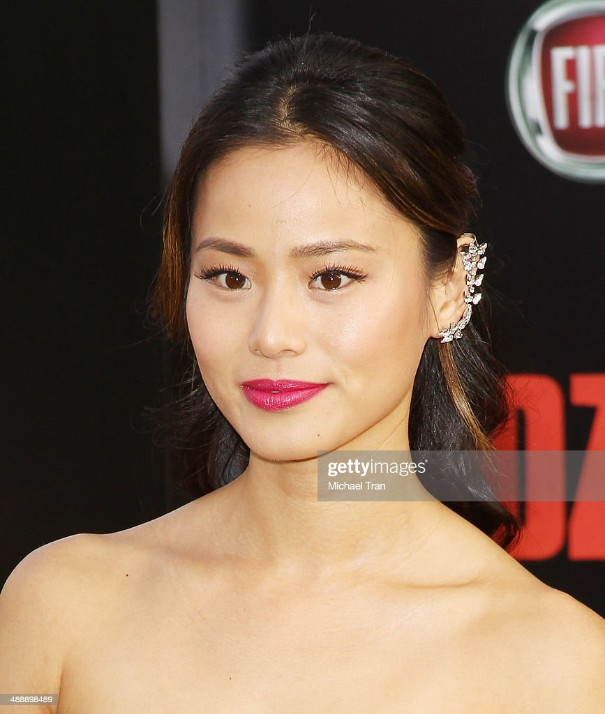 <a gi-track='captionPersonalityLinkClicked' href=/galleries/search?phrase=Jamie+Chung&family=editorial&specificpeople=4145549 ng-click='$event.stopPropagation()'>Jamie Chung</a> arrives at the Los Angeles premiere of 'Godzilla' held at Dolby Theatre on May 8, 2014 in Hollywood, California.