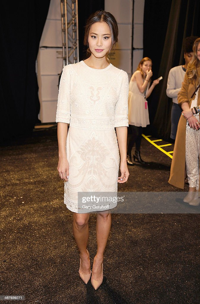 <a gi-track='captionPersonalityLinkClicked' href=/galleries/search?phrase=Jamie+Chung&family=editorial&specificpeople=4145549 ng-click='$event.stopPropagation()'>Jamie Chung</a> attends the Monique Lhuillier show during Mercedes-Benz Fashion Week Fall 2014 at The Theatre at Lincoln Center on February 8, 2014 in New York City.