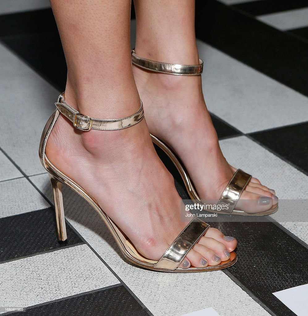 <a gi-track='captionPersonalityLinkClicked' href=/galleries/search?phrase=Jamie+Chung&family=editorial&specificpeople=4145549 ng-click='$event.stopPropagation()'>Jamie Chung</a> (shoe detail) attends The Second Annual Olevolos Project Fundraiser at The General on May 11, 2013 in New York City.