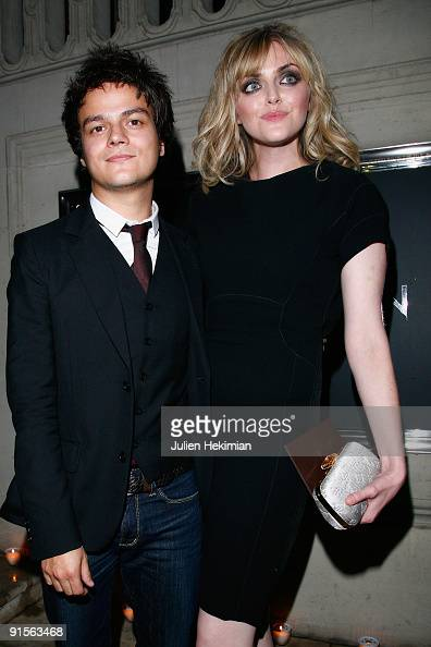 Jamie Cullum and Sophie Dahl attend the Louis Vuitton party on October 7 2009 in Paris France