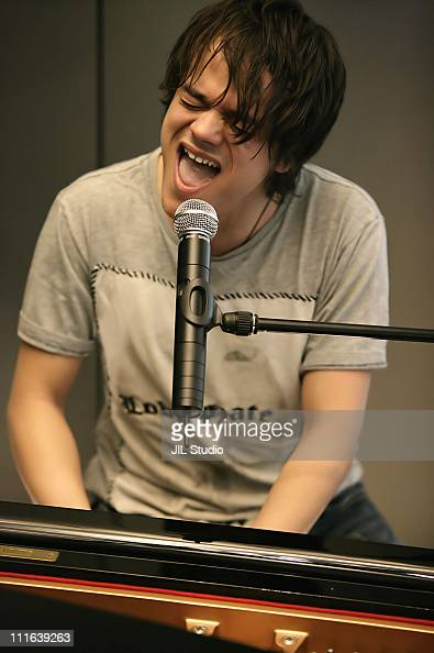 Jamie Cullum during Jamie Cullum at Apple Store Shibuya to Promote His New Album 'Catching Tales' at Apple Store Shibuya in Tokyo Japan