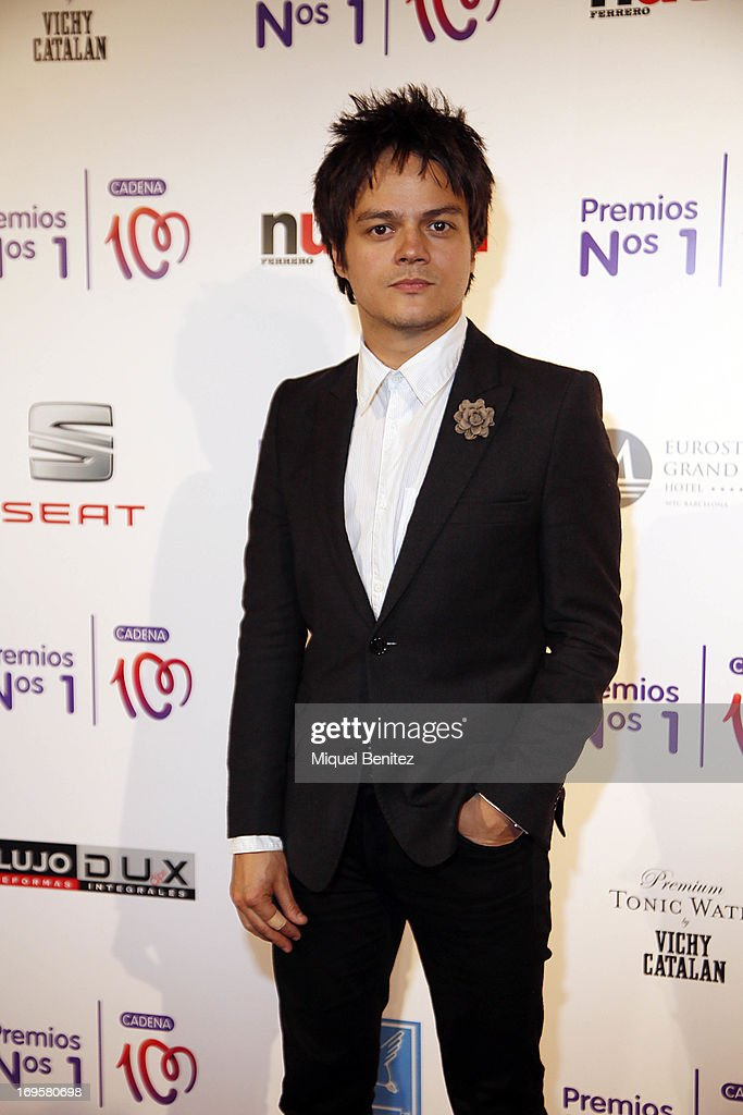 Jamie Cullum poses at the photocall of 'Cadena 100 Number 1 Awards 2013' on May 27, 2013 in Barcelona, Spain.