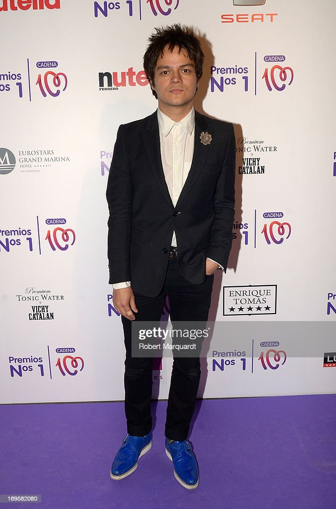 Jamie Cullum poses during a photocall for the 'Cadena 100 Number 1 Awards 2013' at the Hotel Eurostar on May 27, 2013 in Barcelona, Spain.