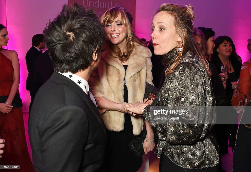 <a gi-track='captionPersonalityLinkClicked' href=/galleries/search?phrase=Jamie+Cullum&family=editorial&specificpeople=171467 ng-click='$event.stopPropagation()'>Jamie Cullum</a>, <a gi-track='captionPersonalityLinkClicked' href=/galleries/search?phrase=Sophie+Dahl&family=editorial&specificpeople=209092 ng-click='$event.stopPropagation()'>Sophie Dahl</a> and <a gi-track='captionPersonalityLinkClicked' href=/galleries/search?phrase=Bay+Garnett&family=editorial&specificpeople=239485 ng-click='$event.stopPropagation()'>Bay Garnett</a> attend a private view of 'Vogue 100: A Century of Style' hosted by Alexandra Shulman and Leon Max at the National Portrait Gallery on February 9, 2016 in London, England.