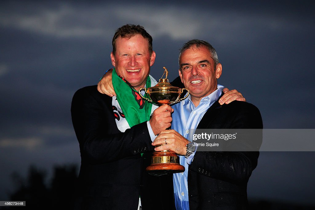 <a gi-track='captionPersonalityLinkClicked' href=/galleries/search?phrase=Jamie+Donaldson&family=editorial&specificpeople=241203 ng-click='$event.stopPropagation()'>Jamie Donaldson</a> (L) and Europe team captain Paul McGinley pose with the Ryder Cup trophy after the Singles Matches of the 2014 Ryder Cup on the PGA Centenary course at the Gleneagles Hotel on September 28, 2014 in Auchterarder, Scotland.