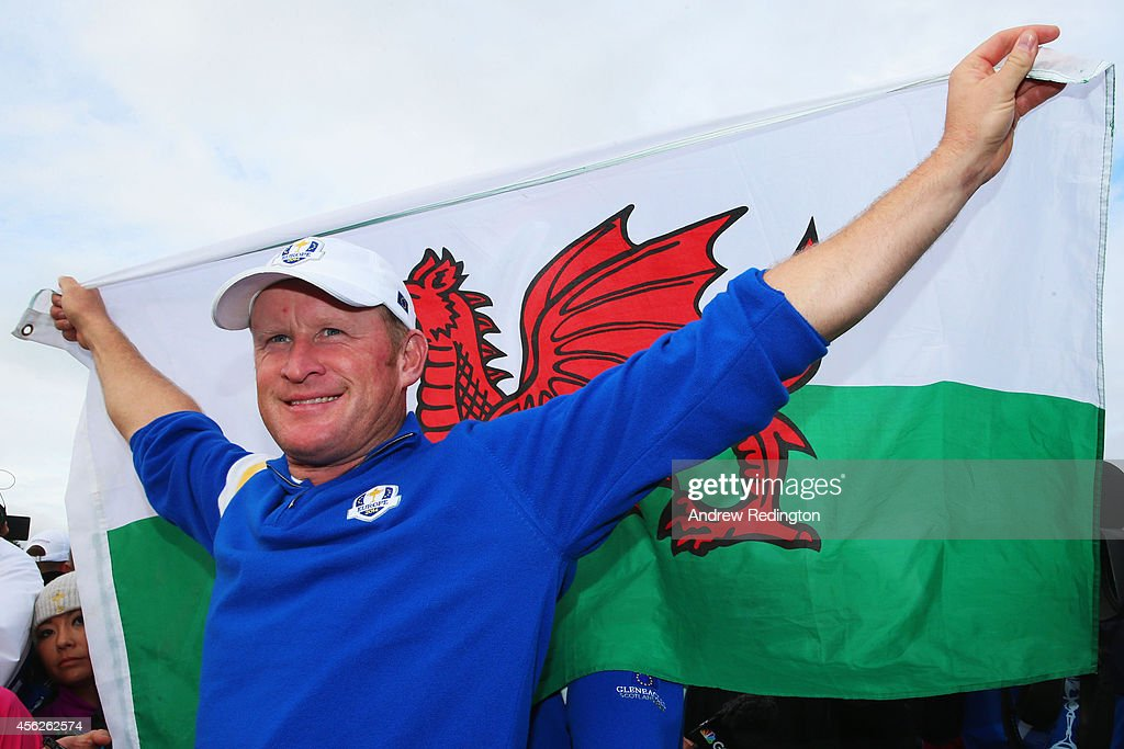 <a gi-track='captionPersonalityLinkClicked' href=/galleries/search?phrase=Jamie+Donaldson&family=editorial&specificpeople=241203 ng-click='$event.stopPropagation()'>Jamie Donaldson</a> of Europe celebrates on the 15th hole after Europe won the Ryder Cup with Donaldson defeating Keegan Bradley of the United States during the Singles Matches of the 2014 Ryder Cup on the PGA Centenary course at the Gleneagles Hotel on September 28, 2014 in Auchterarder, Scotland.