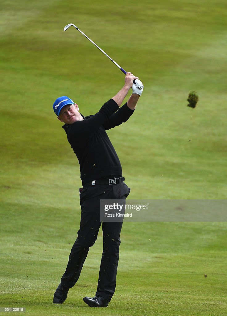 <a gi-track='captionPersonalityLinkClicked' href=/galleries/search?phrase=Jamie+Donaldson&family=editorial&specificpeople=241203 ng-click='$event.stopPropagation()'>Jamie Donaldson</a> of Wales hits his 2nd shot on the 7th hole during day one of the BMW PGA Championship at Wentworth on May 26, 2016 in Virginia Water, England.