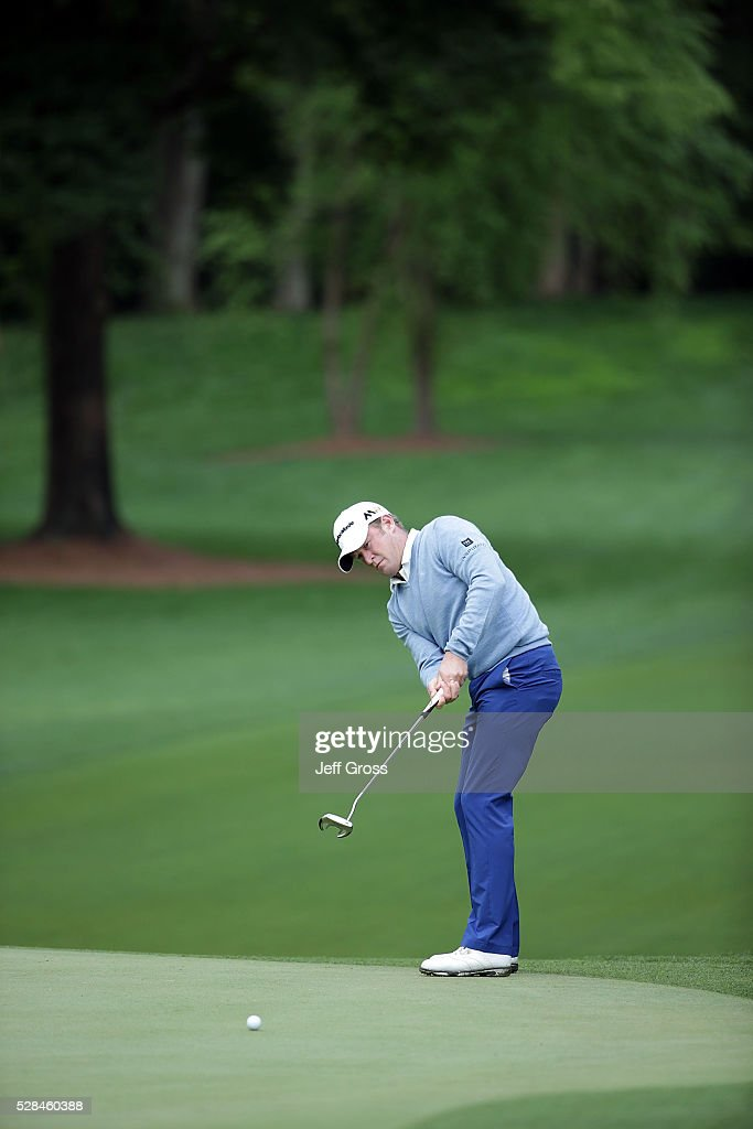 <a gi-track='captionPersonalityLinkClicked' href=/galleries/search?phrase=Jamie+Donaldson&family=editorial&specificpeople=241203 ng-click='$event.stopPropagation()'>Jamie Donaldson</a> of Wales putts on the 12th green during the first round of the Wells Fargo Championship at Quail Hollow Club on May 5, 2016 in Charlotte, North Carolina.