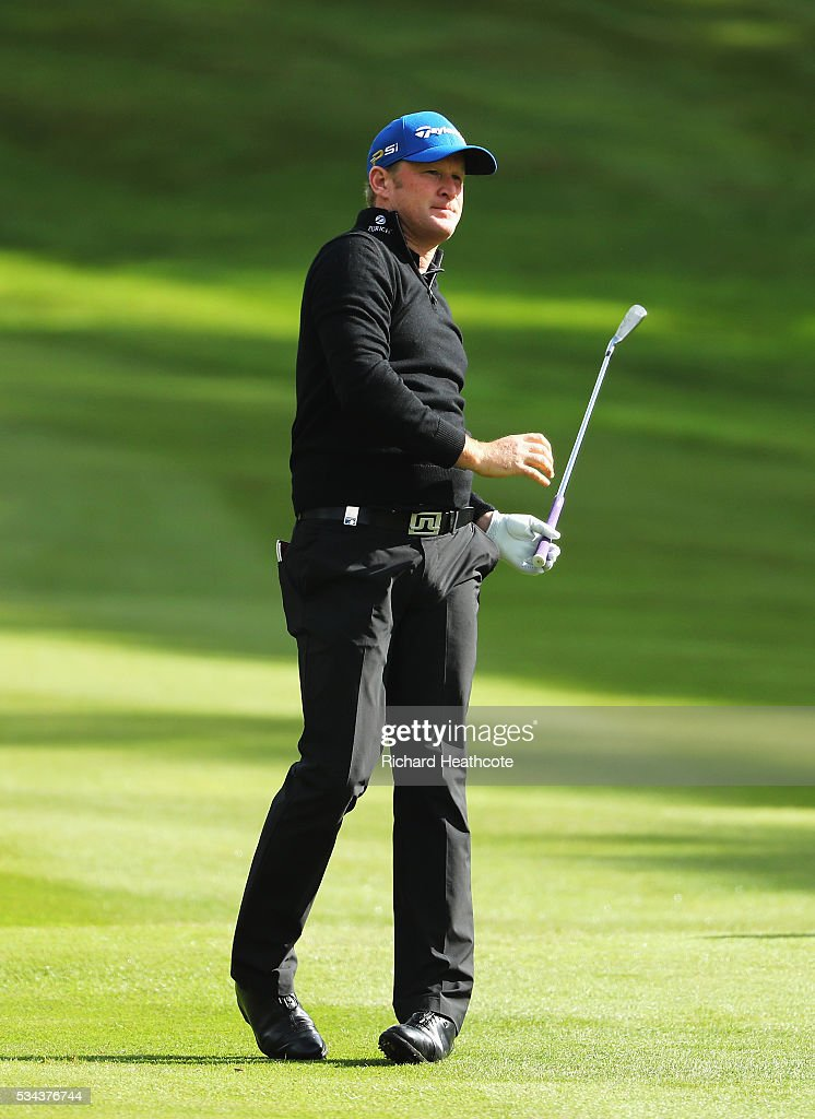 <a gi-track='captionPersonalityLinkClicked' href=/galleries/search?phrase=Jamie+Donaldson&family=editorial&specificpeople=241203 ng-click='$event.stopPropagation()'>Jamie Donaldson</a> of Wales reacts on the 4th hole during day one of the BMW PGA Championship at Wentworth on May 26, 2016 in Virginia Water, England.