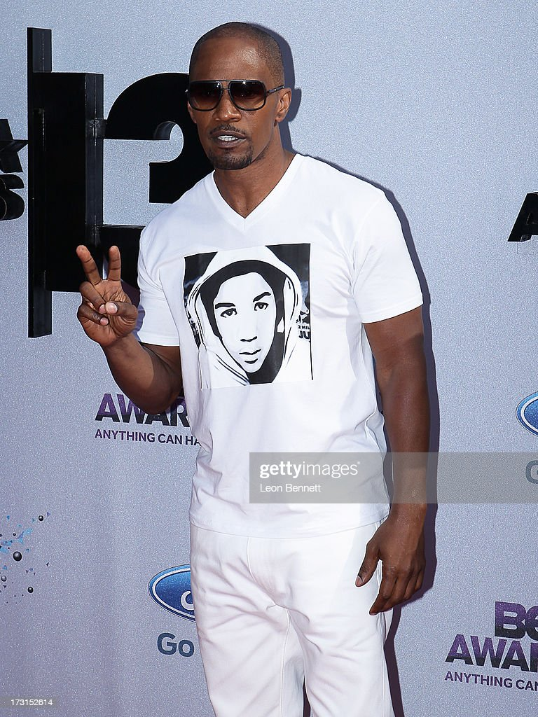 Jamie Fox arrives at the 2013 BET Awards Make A Wish Arrivals at Nokia Plaza L.A. LIVE on June 30, 2013 in Los Angeles, California.