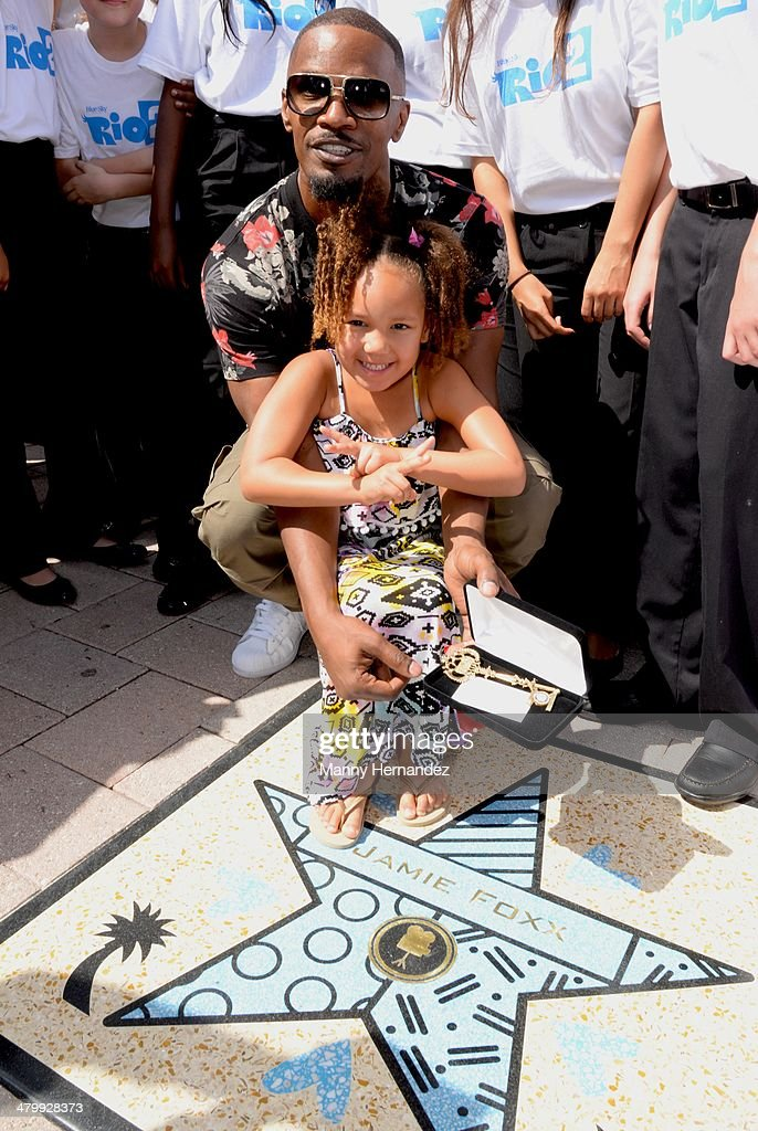 <a gi-track='captionPersonalityLinkClicked' href=/galleries/search?phrase=Jamie+Foxx&family=editorial&specificpeople=201715 ng-click='$event.stopPropagation()'>Jamie Foxx</a> and daughter Annalise attends Miami Walk of Fame Inauguration at Bayside at Bayside Marketplace on March 21, 2014 in Miami, Florida.