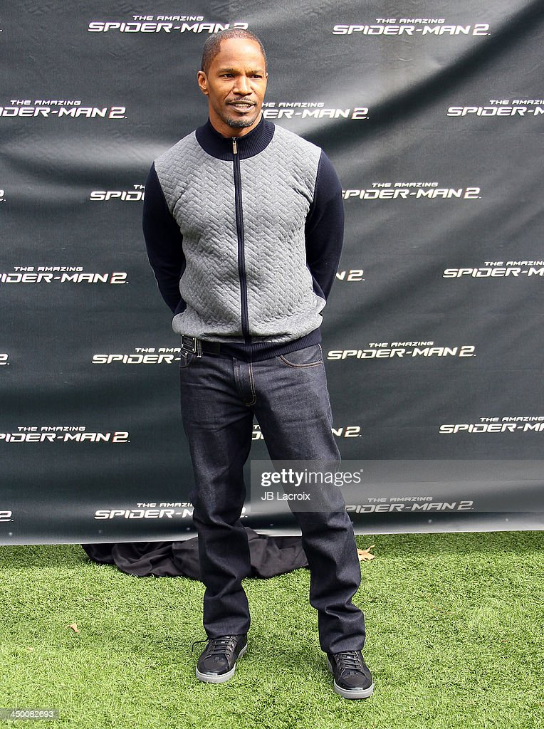 <a gi-track='captionPersonalityLinkClicked' href=/galleries/search?phrase=Jamie+Foxx&family=editorial&specificpeople=201715 ng-click='$event.stopPropagation()'>Jamie Foxx</a> attends 'The Amazing Spiderman 2' Photo Call held at Sony Pictures Studios on November 16, 2013 in Culver City, California.