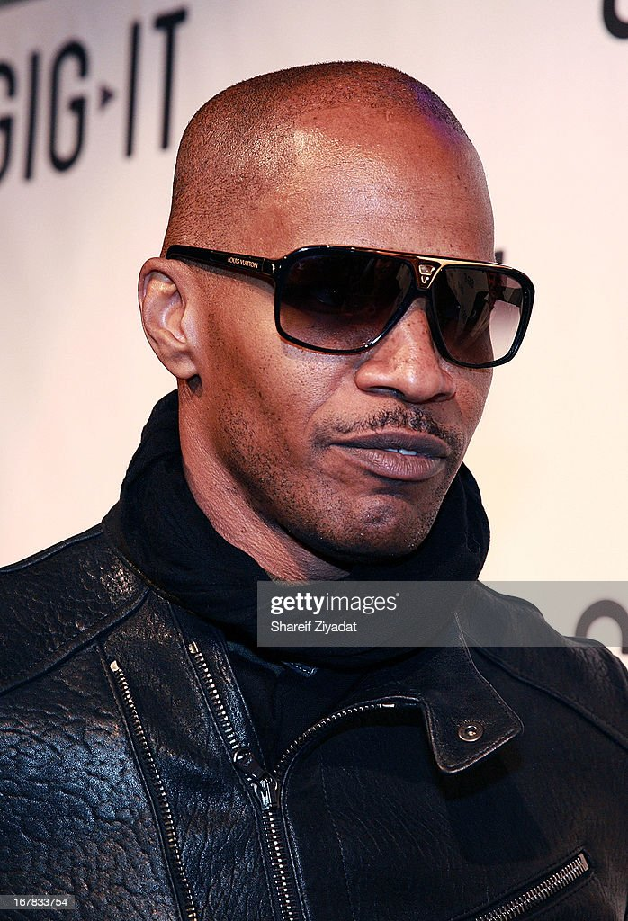 <a gi-track='captionPersonalityLinkClicked' href=/galleries/search?phrase=Jamie+Foxx&family=editorial&specificpeople=201715 ng-click='$event.stopPropagation()'>Jamie Foxx</a> attends the Gig-It Launch Party at Capitale Bowery on April 30, 2013 in New York City.