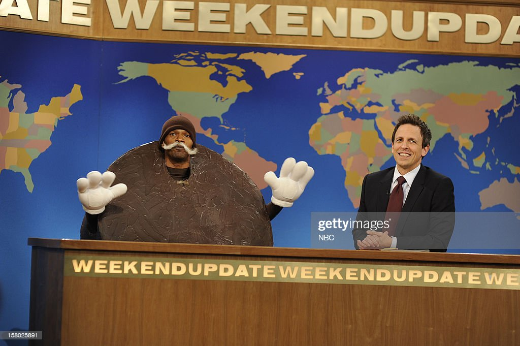 LIVE -- 'Jamie Foxx' Episode 1629 -- Pictured: (l-r) Jamie Foxx, Seth Meyers --