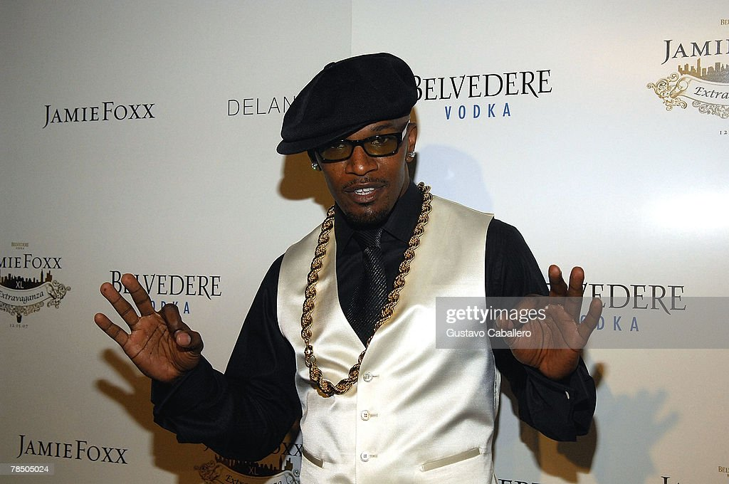Jamie Foxx poses at his 40th birthday Party hosted by Belvedere Vodka at The Florida Room at the Delano Hotel on December 15, 2007 in Miami Beach, Florida.