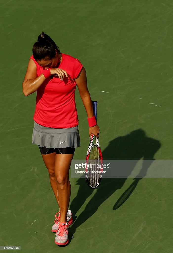 <a gi-track='captionPersonalityLinkClicked' href=/galleries/search?phrase=Jamie+Hampton&family=editorial&specificpeople=5534487 ng-click='$event.stopPropagation()'>Jamie Hampton</a> of the United States reacts during her women's singles third round match against Sloane Stephens of the United States on Day Five of the 2013 US Open at USTA Billie Jean King National Tennis Center on August 30, 2013 in the Flushing neighborhood of the Queens borough of New York City.