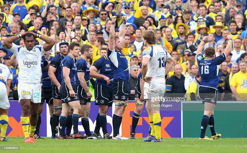 Jamie Heaslip (C) of Leinster celebrates their victory with team mates after the final whistle during the Heineken Cup semi final match between ASM Clermont Auvergne and Leinster at Stade Chaban-Delmas on April 29, 2012 in Bordeaux, France. (Photo by David Rogers/Getty Images