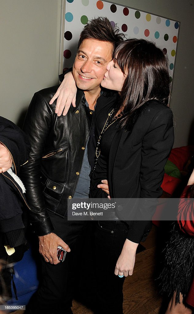 <a gi-track='captionPersonalityLinkClicked' href=/galleries/search?phrase=Jamie+Hince&family=editorial&specificpeople=220566 ng-click='$event.stopPropagation()'>Jamie Hince</a> (L) and Annabelle Neilson attend event planner Paul Rowe's 40th birthday party at The Groucho Club on April 3, 2013 in London, England.