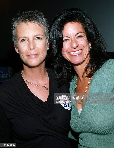 Jamie Lee Curtis and Laurie David during Proposition 87 for California Press Conference October 9 2006 at Clarity Theater in Beverly Hills California...