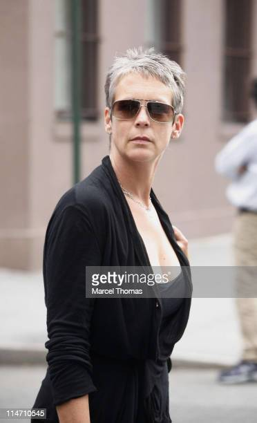 Jamie Lee Curtis during Jake Gyllenhaal and Jamie Lee Curtis Sighting in New York City September 27 2006 in New York City New York United States