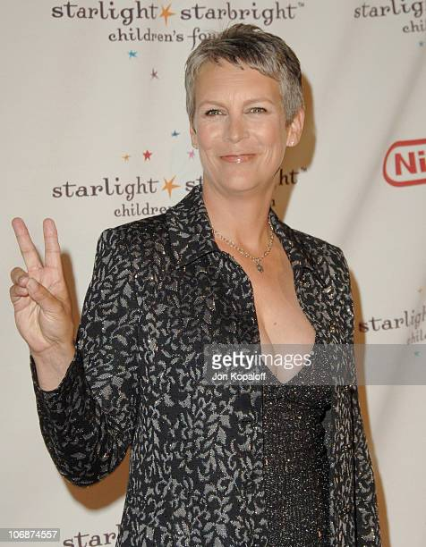 Jamie Lee Curtis during Starlight Starbright Children's Foundation Honors Dakota Fanning at A Stellar Night Gala Arrivals at Beverly Hilton Hotel in...