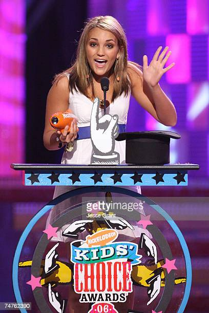 Jamie Lynn Spears winner Favorite Television Actress for 'Zoey 101' at the Pauley Pavilion in Westwood California
